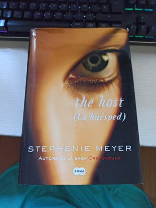 the host (la huesped) - Stephenie Meyer