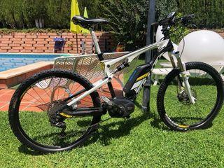 Bicicleta eléctrica de montaña SCOTT
