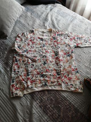 Camiseta manga larga flores