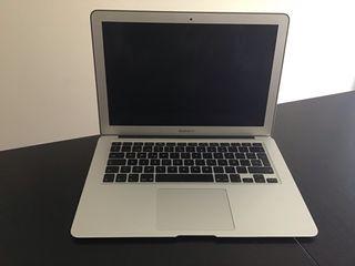 MacBook Air 2012+cargador+funda