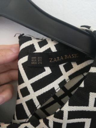 vestido mini de Zara en perfecto estado