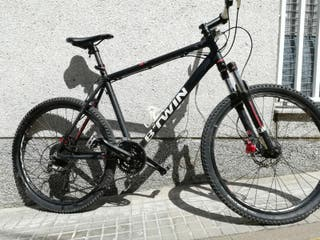 Bicicleta Rockrider B'TWIN