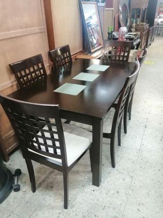 mesa + 6 sillas + auxiliar