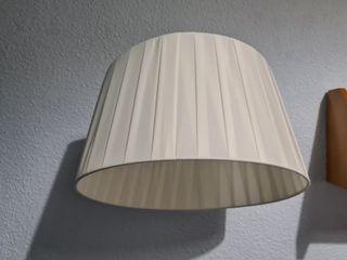 lámpara muy práctica, de techo