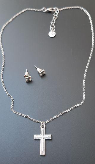 Collar gargantilla y pendientes color plata