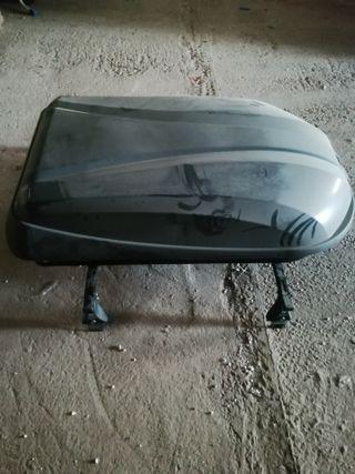 baca de Peugeot con maleta