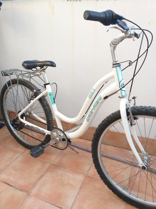 bicicleta mixta paseo montaña Conor