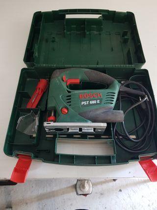 Sierra de calar Bosch PST 680 E.