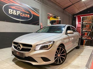 MERCEDES-BENZ Clase CLA CLA 200 d Shooting Brake