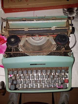 maquina de escribir antigua olivetti lettera 32