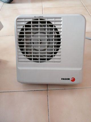 Calefactor fagor para baño.