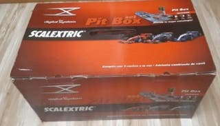 Scalextric con Pit Box Digital
