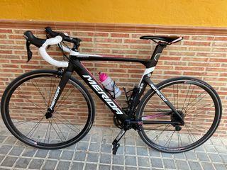 Bicicleta de carretera MERIDA