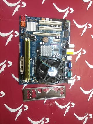 ASROCK G31M-GS CORE 2 QUAD Q8200 3GB RAM