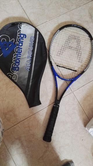 Raqueta de tenis marca Boomerang, modelo allround,
