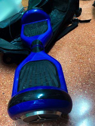 Patinete eléctrico con funda y sillín