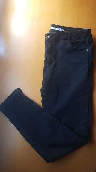 Pantalones pitillo Lefties