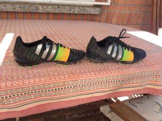 Zapatillas con tuco Adidas