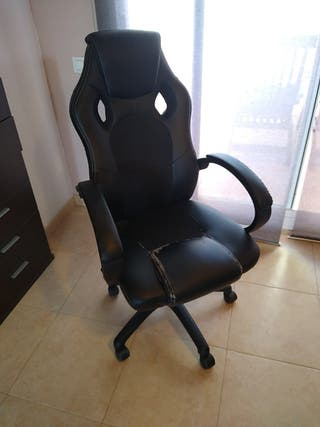 silla de oficina con ruedas regulable