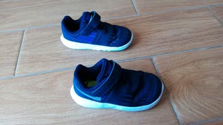 Zapatillas Nike T. 23.5