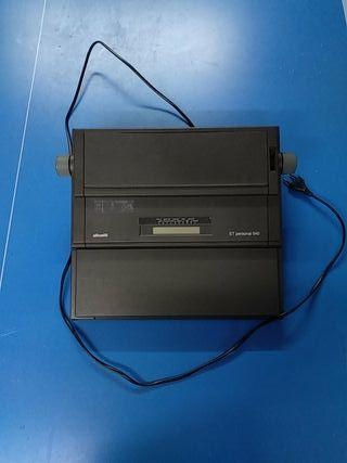 Máquina de escribir antigua eléctrica