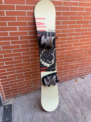 Tabla Snowboard + Fijaciones Nitro