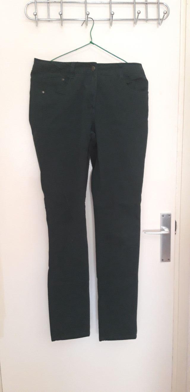 2 pantalones