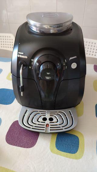 cafetera Súper automática Philips saeco xsmall