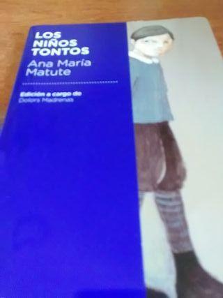 """Vendo libro """" Los niños Tontos"""""""