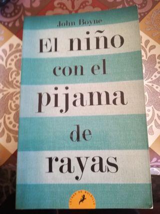 El niño con el pijama de rayas. libro