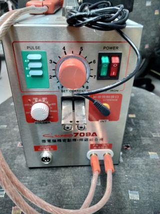 Soldador para electrónica con pedal