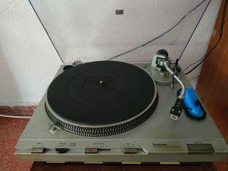 Gira discos Technics SL-D3 vintage