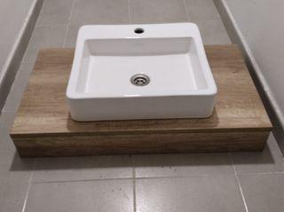 Lavabo y encimera de baño