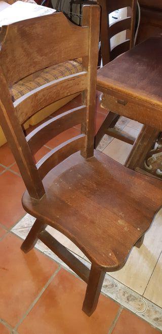 mesas y sillas nogal