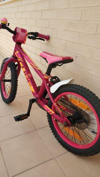 bici niña CUBE 16 pulgadas. aluminio