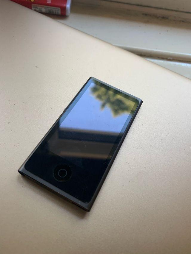 Apple iPod nano (7th generation) bluetooth