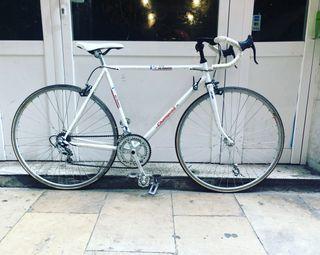 Bicicleta carretera Champion T 56