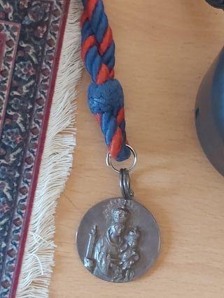 medalla de plata de la hermandad de la Bella