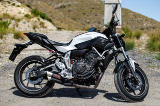 Moto MT-07 A2