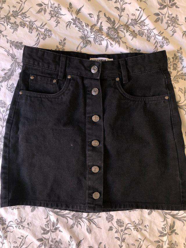 Falda tejana negra Pull & Bear