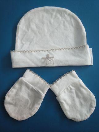 Gorro y manoplas recién nacido