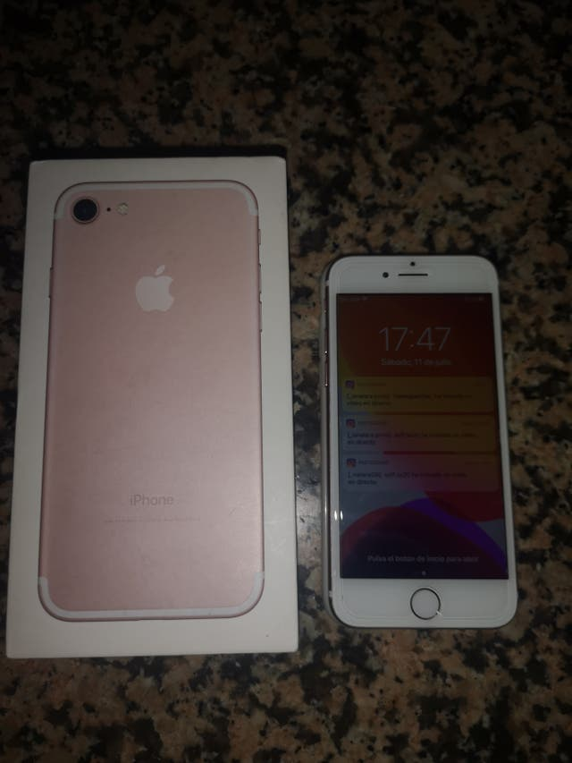 iPhone 7 32gb libre color rosa