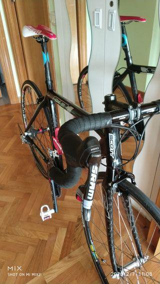 Bicicleta carretera Scott CR1