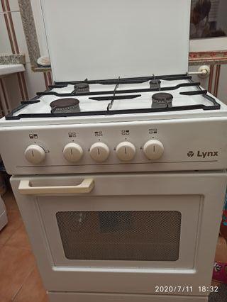 cocina de fuego con horno