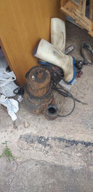 bomba de agua trifasica