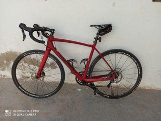 Bicicleta de carretera de carbono Mérida