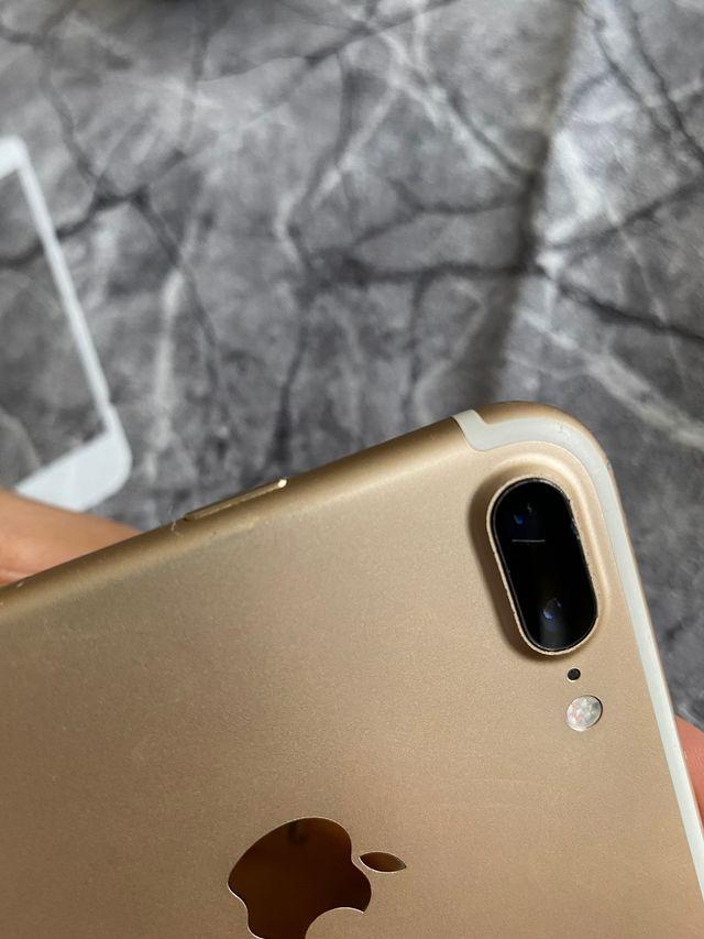 iPhone gold 7plus 32gb
