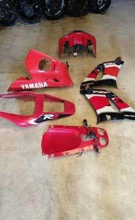RECAMBIOS YAMAHA R6 1999 - 2002