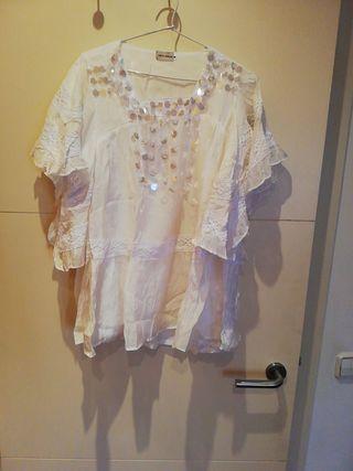 camisa blanca con lentejuelas