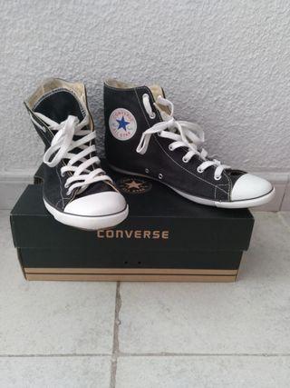 Converse negras